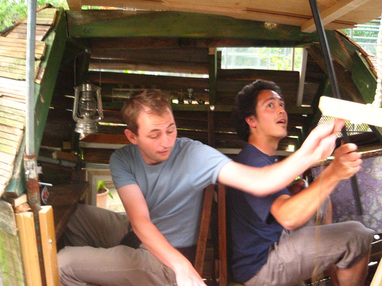 Jonas en Thijs in de zeppelin
